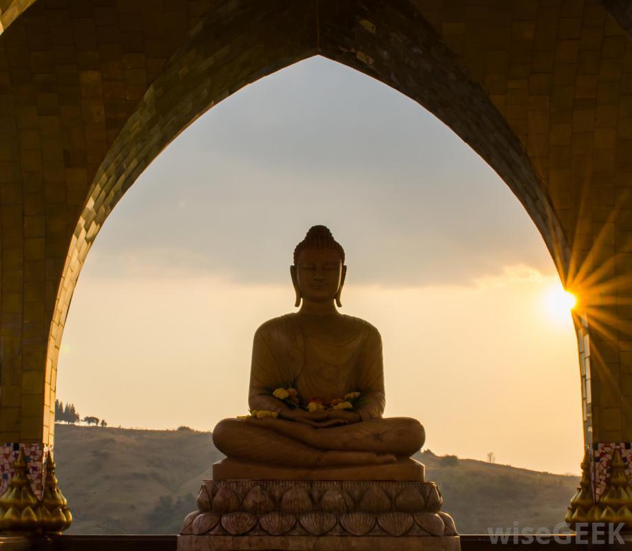 buddha-against-sunset
